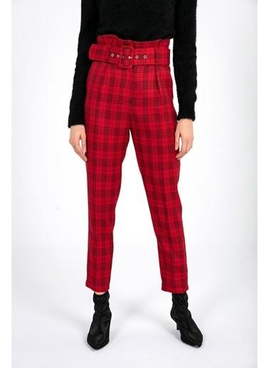 Tiffany&Tomato Yüksek Bel  Ekose Kemer Detaylı Havuç Pantolon Kırmızı